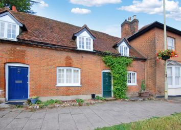 High Street, Kings Langley WD4. 2 bed terraced house