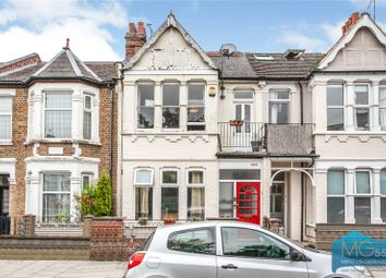 Squires Lane, Finchley, London N3. 2 bed flat