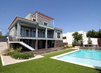 Thumbnail 3 bed villa for sale in Portugal, Algarve, Sta. Barbara De Nexe