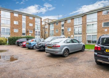 Thumbnail 2 bed flat for sale in Heybourne Road, London