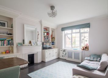 2 bed flat for sale in North Hill, London N6