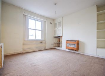 Thumbnail 1 bedroom flat for sale in Newington Green Road, London