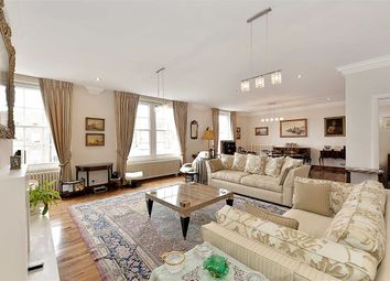 Thumbnail 4 bedroom flat for sale in Abbey Lodge, London