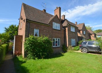 Thumbnail 2 bed flat to rent in Meadow Way, Hyde Heath, Amersham