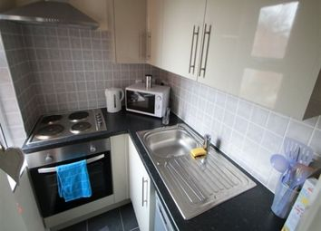 Thumbnail 1 bedroom flat to rent in Estcourt Terrace, Headingley