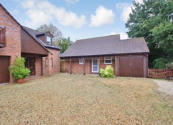 Thumbnail 1 bedroom bungalow for sale in East Way, Drayton, Abingdon