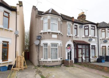 Thumbnail 1 bed flat for sale in Balfour Road, Ilford, Essex