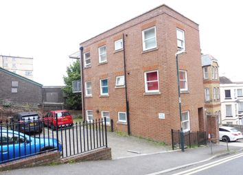 Thumbnail 1 bed flat to rent in Hamond Hill, Chatham