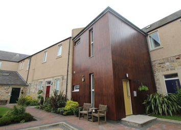 Thumbnail 2 bed flat to rent in Allen Court, Kirkcaldy