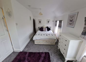 Thumbnail 4 bed shared accommodation to rent in Queens Meadows, Cherry Hinton, Cambridge