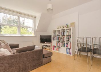 Thumbnail 3 bed flat for sale in Queens Avenue, Muswell Hill, London