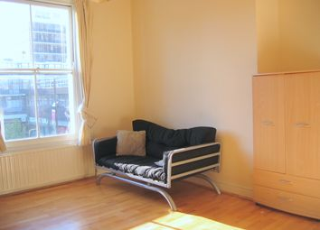 Thumbnail 1 bedroom flat to rent in Junction Road, Archway