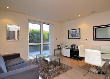 Thumbnail 1 bed flat to rent in Doulton House, Fulham, London