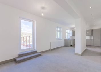 Thumbnail 2 bed flat to rent in Lyne Crescent, Walthamstow