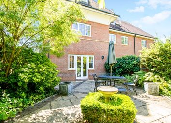 Thumbnail 3 bed town house to rent in Frenchay Road, Oxford