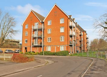 Thumbnail 2 bedroom flat for sale in The Lamports, Alton, Hampshire