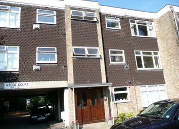 Thumbnail 2 bed flat to rent in Winton Drive, Croxley Green, Rickmansworth