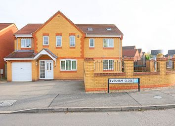 Thumbnail 5 bed detached house for sale in Evesham Close, Wellingborough