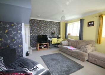 Thumbnail 2 bedroom detached house to rent in Sun Rise, Ashford