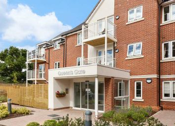 Thumbnail 2 bedroom flat for sale in Wellington Road, Wokingham