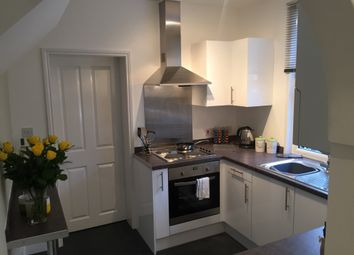 Thumbnail 1 bedroom flat to rent in Longley Road, Rochester