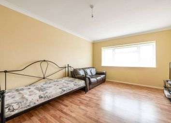 2 bed maisonette for sale in Fountains Avenue, Hanworth, Feltham TW13