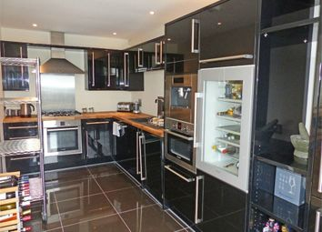 Thumbnail 2 bed flat to rent in 18 Brockley Park, Forest Hill, London