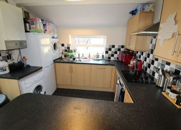 Thumbnail 5 bed property to rent in Dogfield Street, Roath, Cardiff