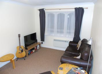 Thumbnail 1 bed flat to rent in Sovereign Court, Kings Avenue, Watford
