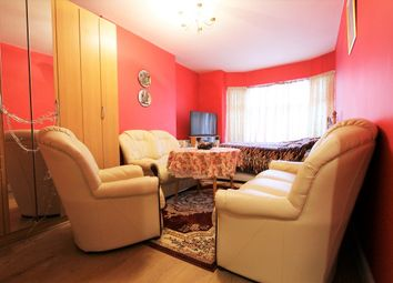Thumbnail 1 bedroom flat for sale in Green Lanes, London