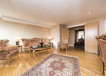 Thumbnail 2 bed flat for sale in Kingsway, North Finchley, London
