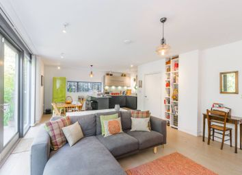 Thumbnail 4 bed detached house for sale in Winslow Place, Bounds Green