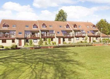 Thumbnail 2 bed flat for sale in Warlbeck, Ilkley