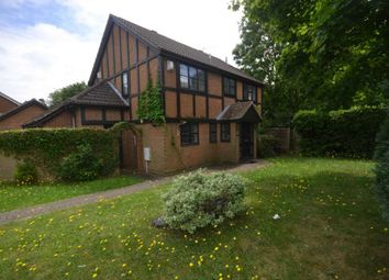 Thumbnail Room to rent in Cutbush Close, Lower Earley, Reading