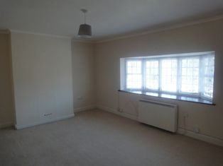 Thumbnail 1 bed flat to rent in Swakeleys Road, Ickenham
