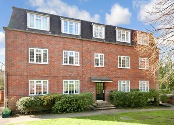 Thumbnail 2 bed flat for sale in Craigmount, Radlett