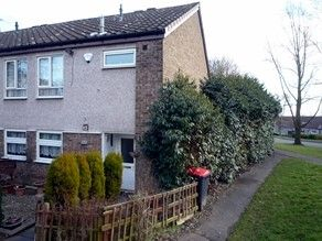 Thumbnail 5 bed flat to rent in Waggoners Fold, Telford