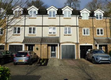 Thumbnail 4 bedroom town house to rent in Badgers Rise, Woodley, Reading