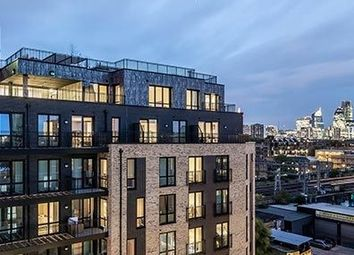 Thumbnail 1 bed flat to rent in Haggerston, London