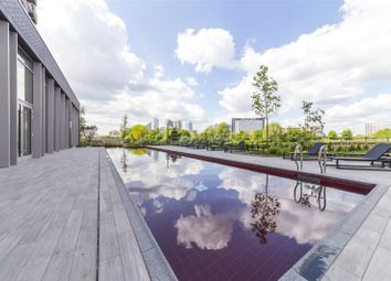 Thumbnail 1 bed flat for sale in Albion House, City Island, London