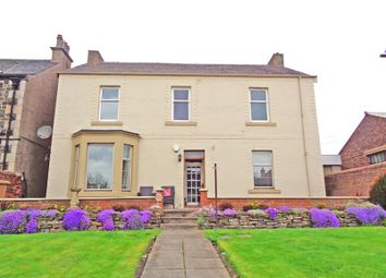 Thumbnail 2 bed flat for sale in Links Road, Leven