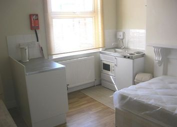 Thumbnail Studio to rent in College Place, London