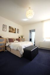 Thumbnail 1 bedroom flat to rent in Sapcote Trading Centre, High Road, London