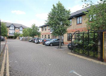 1 bed flat for sale in Montrose House, Hanworth Lane, Chertsey, Surrey KT16