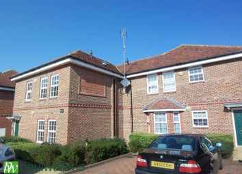 Thumbnail 2 bed flat to rent in The Walk, Potters Bar