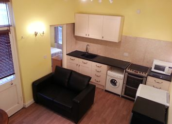 Thumbnail 1 bedroom flat to rent in Stile Hall Gardens, Chiswick, London
