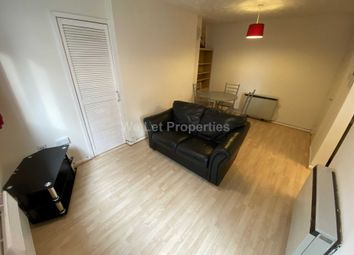 2 bed flat to rent in Asgard Drive, Salford M5
