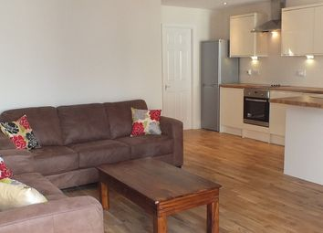 Thumbnail 2 bed flat to rent in Newton Road, Leeds