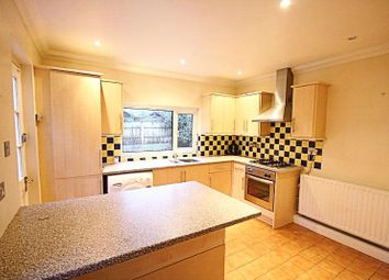 Thumbnail 1 bed flat to rent in Barrow Road, London