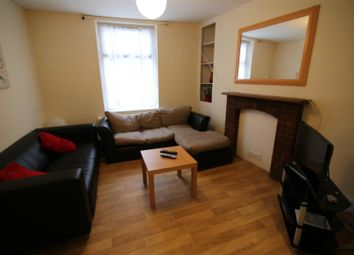 Thumbnail Property to rent in Bampton Street, Tiverton